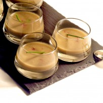 Artichoke soup with Spanish ham